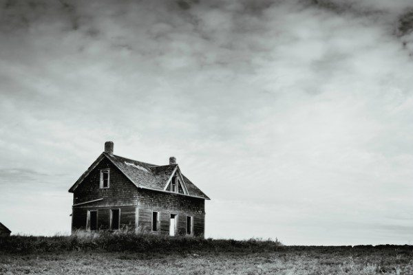 Abandoned house on the prairie